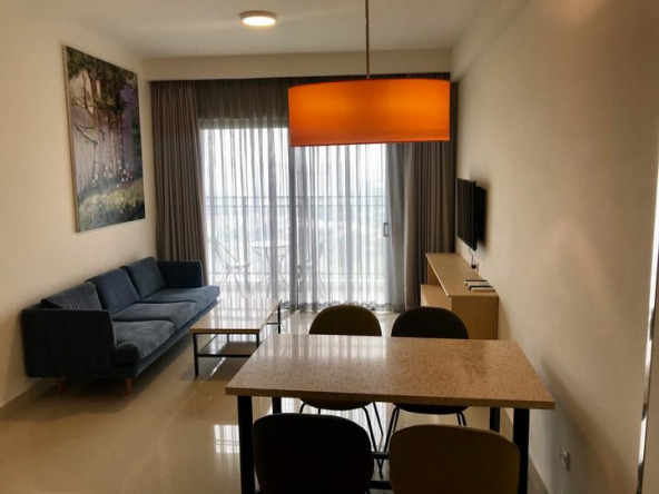 Real estate table furnished leasing property