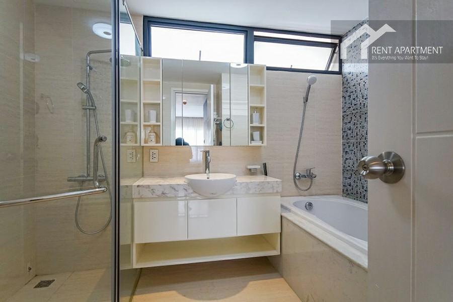 bathtub dining toilet balcony district