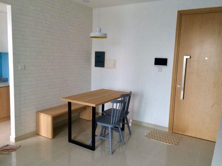 renting-Housing-light-room-sink