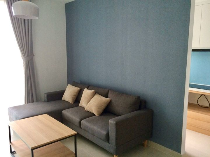 renting-sofa-room-apartment-district