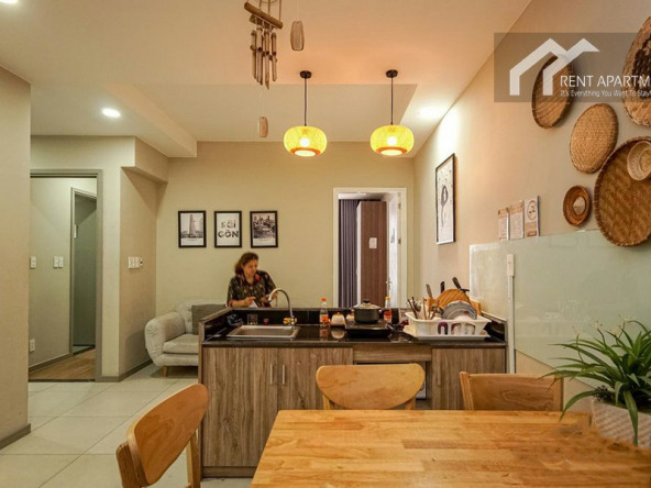 renting table Elevator leasing landlord